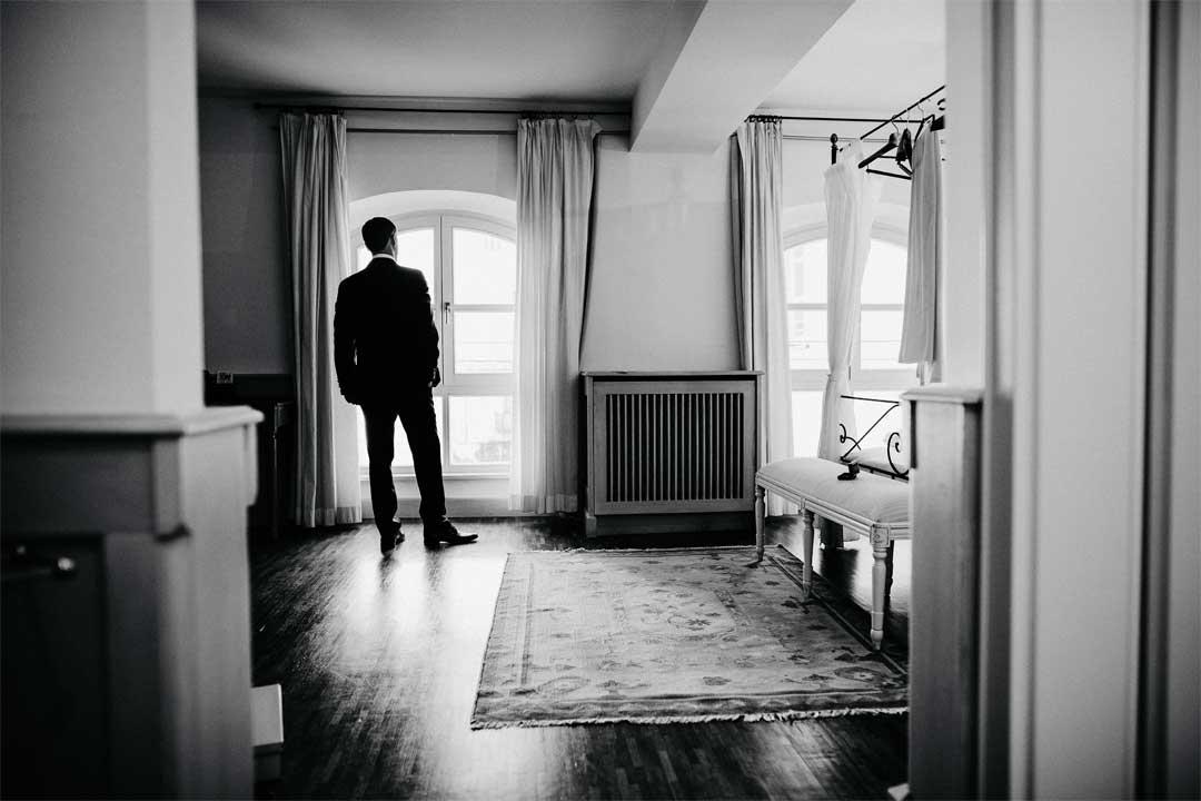 Bräutigam, Mr. Grey, Hochzeitsfotograf, Hochzeitsfotografie, Regensburg, Neunburg, Weiden, Schwandorf, Oberpfalz, München, Bayern