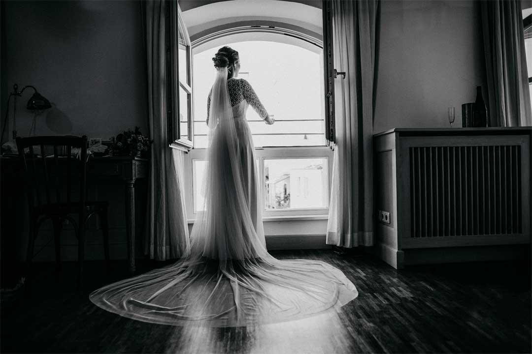 Braut, Hochzeitskleid, Hochzeitsfotograf, Hochzeitsfotografie, Regensburg, Neunburg, Weiden, Schwandorf, Oberpfalz, München, Bayern