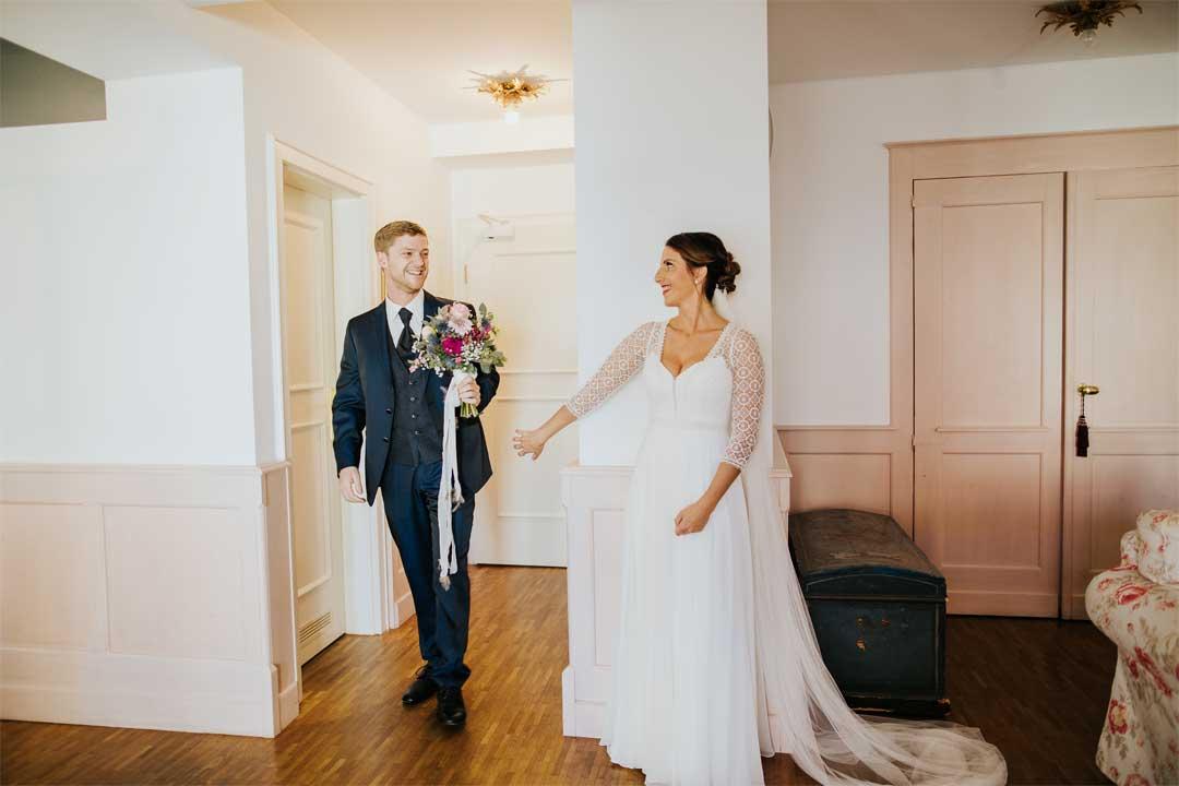 Brautpaar beim First Sight, Hochzeitsfotograf, Hochzeitsfotografie, Regensburg, Neunburg, Weiden, Schwandorf, Oberpfalz, München, Bayern