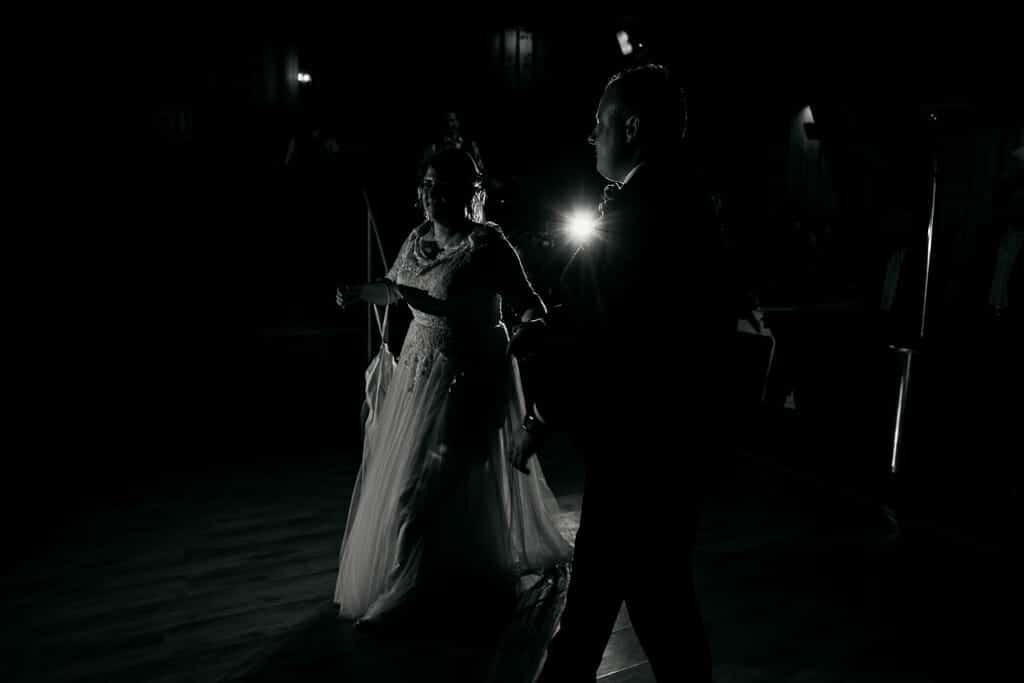 Hochzeitspaar, Brautpaar auf der Tanzfläche,Hochzeitsfotograf, Hochzeitsfotografie, Regensburg, Neunburg, Weiden, Schwandorf, Oberpfalz, München, Bayern